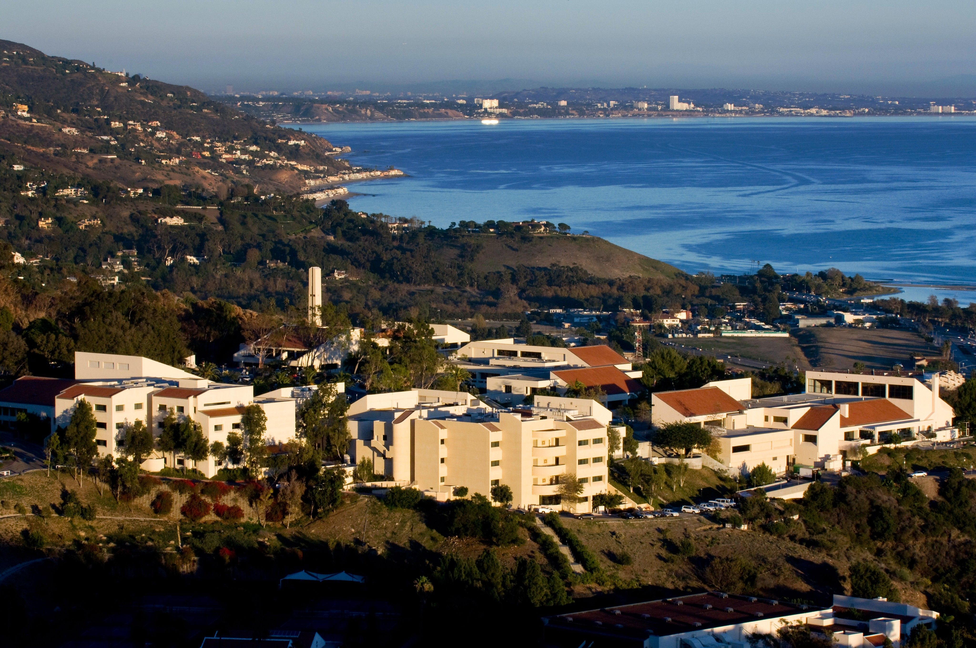 Pepperdine University - The Graziadio School of Business and Management